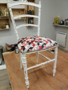 Pose clous alu brossé HOULES chaise