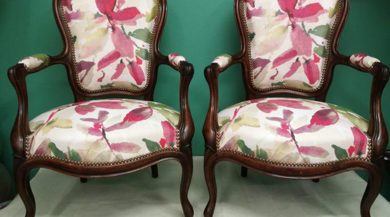 Réfection complète de 2 fauteuils Louis philippe